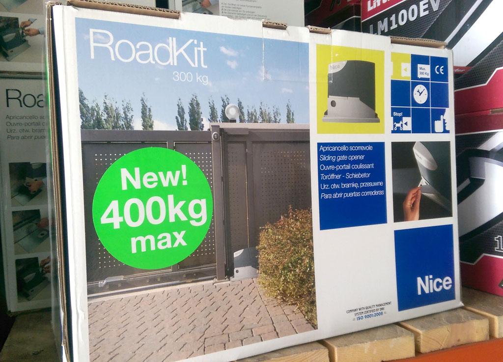 nice roadkit 400 24v motorisation portail coulissant 4m de cr maill re. Black Bedroom Furniture Sets. Home Design Ideas